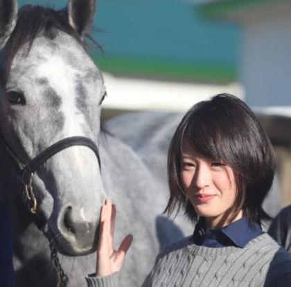 藤田菜七子の私服姿5