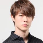 宮沢氷魚は歌手の父親とそっくり!茶色い目の色は母親がハーフだから