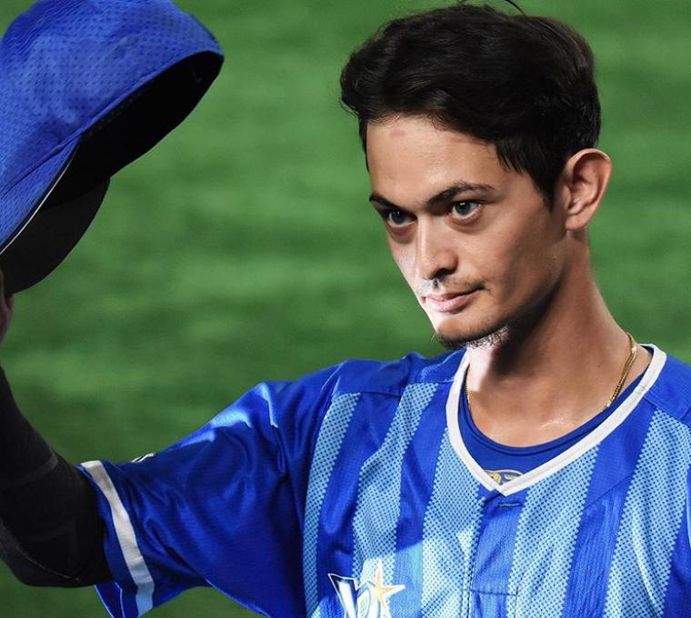 乙坂智はハーフで超イケメンで父親はアイスホッケー選手3
