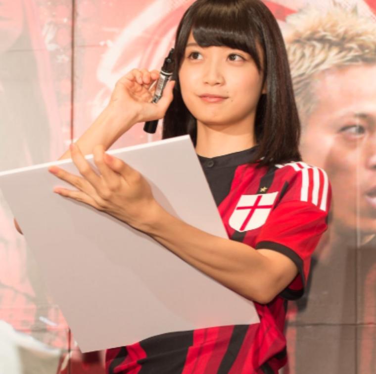 深川麻衣のサッカーのかわいい画像2